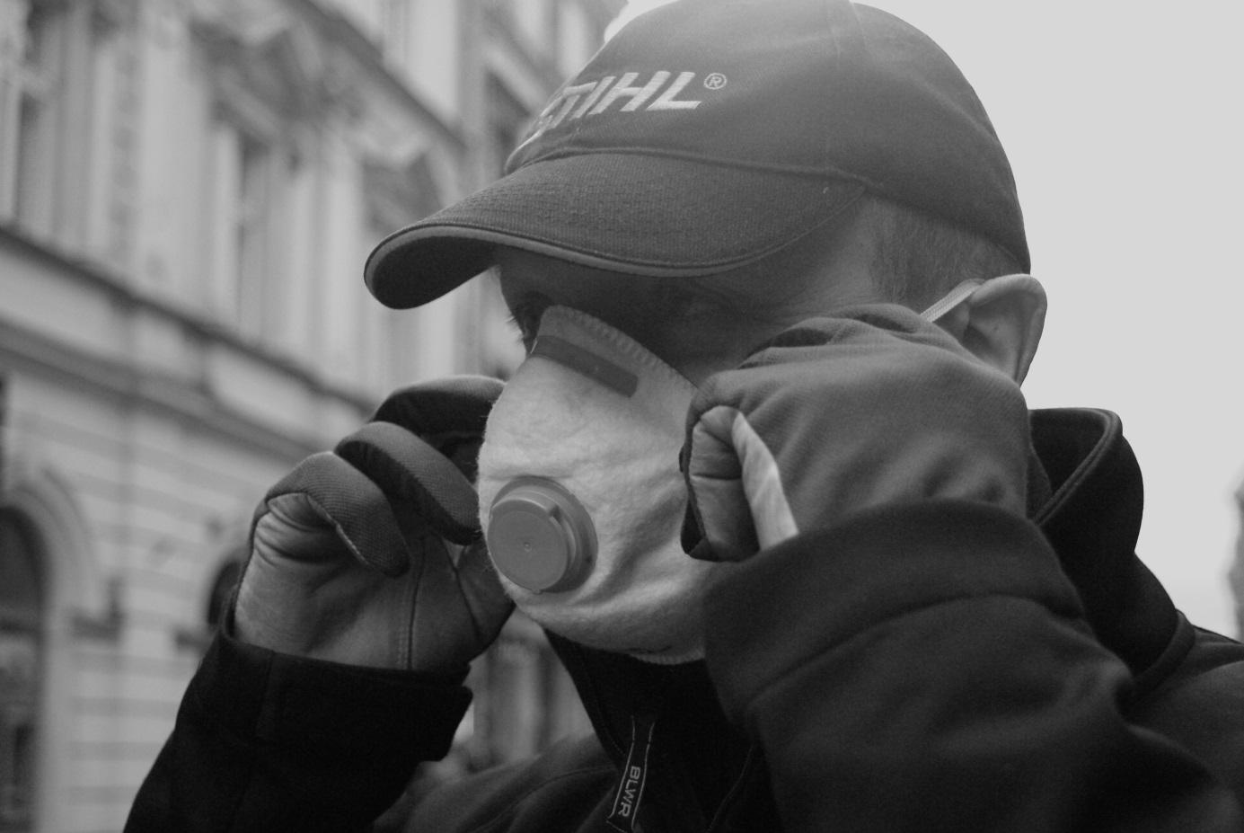Odsłonięcie tablicy ofiar smogu_2_fot.A.Mikulska