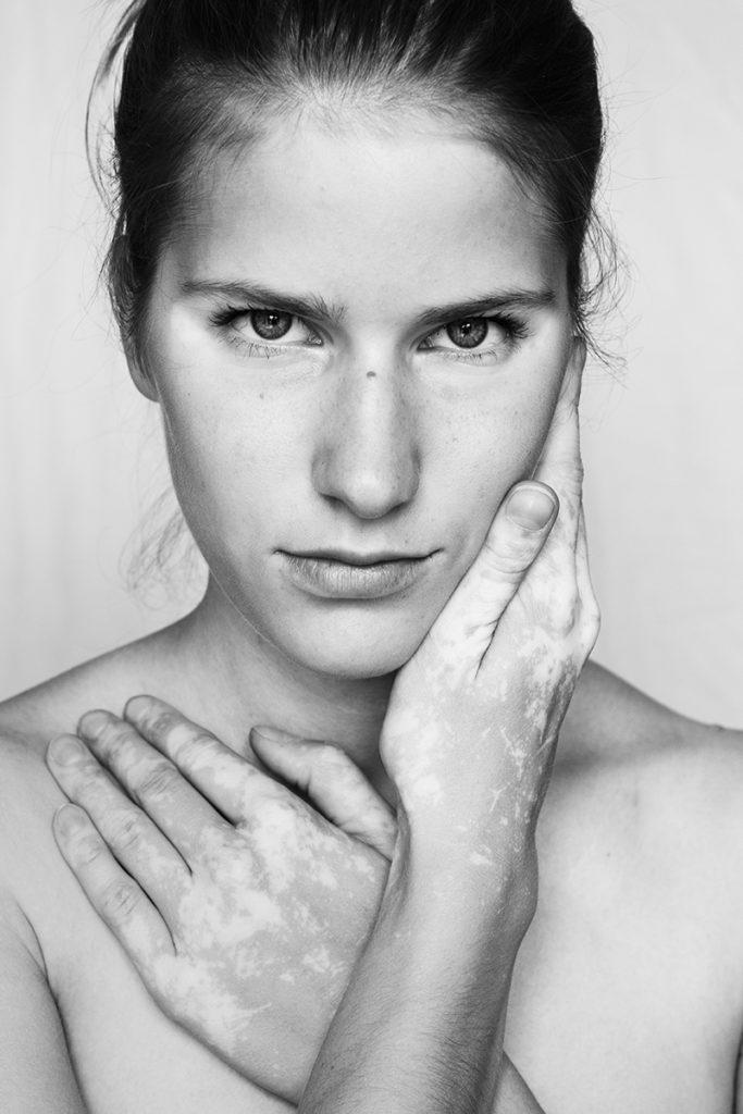 Julia Kaczorowska_self-portrait